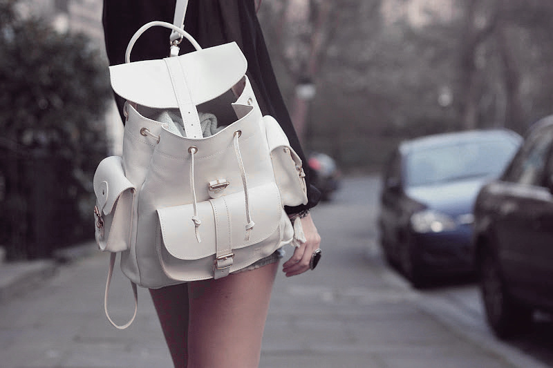 White_Leather_Backpack_woman-gold